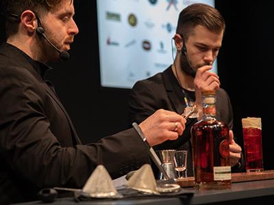 Από αριστερά: Άρης Χατζηαντωνίου (Momix bar), Amedeo Pantone (The bars)